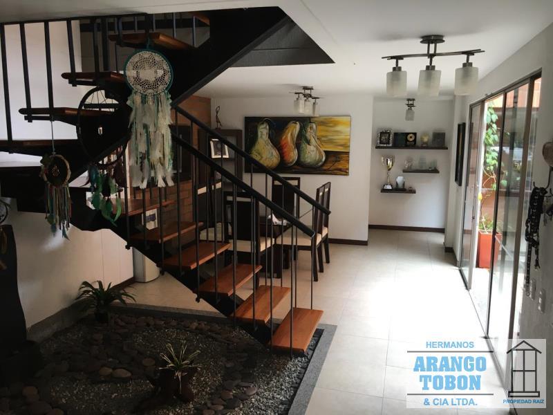 Casa en Venta en La Estrella - Suramerica