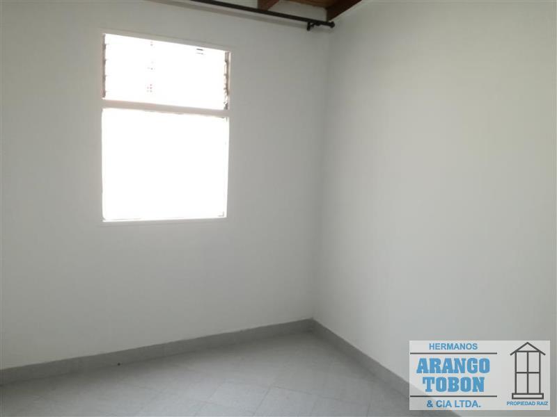 Casa en Arriendo en Medellin - Guayabal