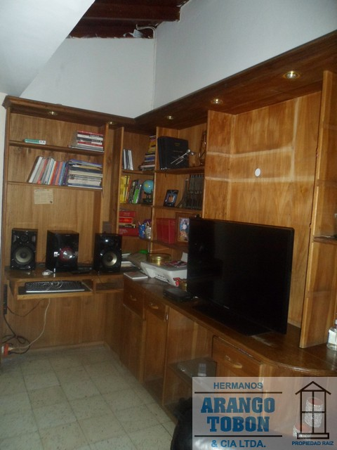 Casa en Venta en Medellin - San Joaquin